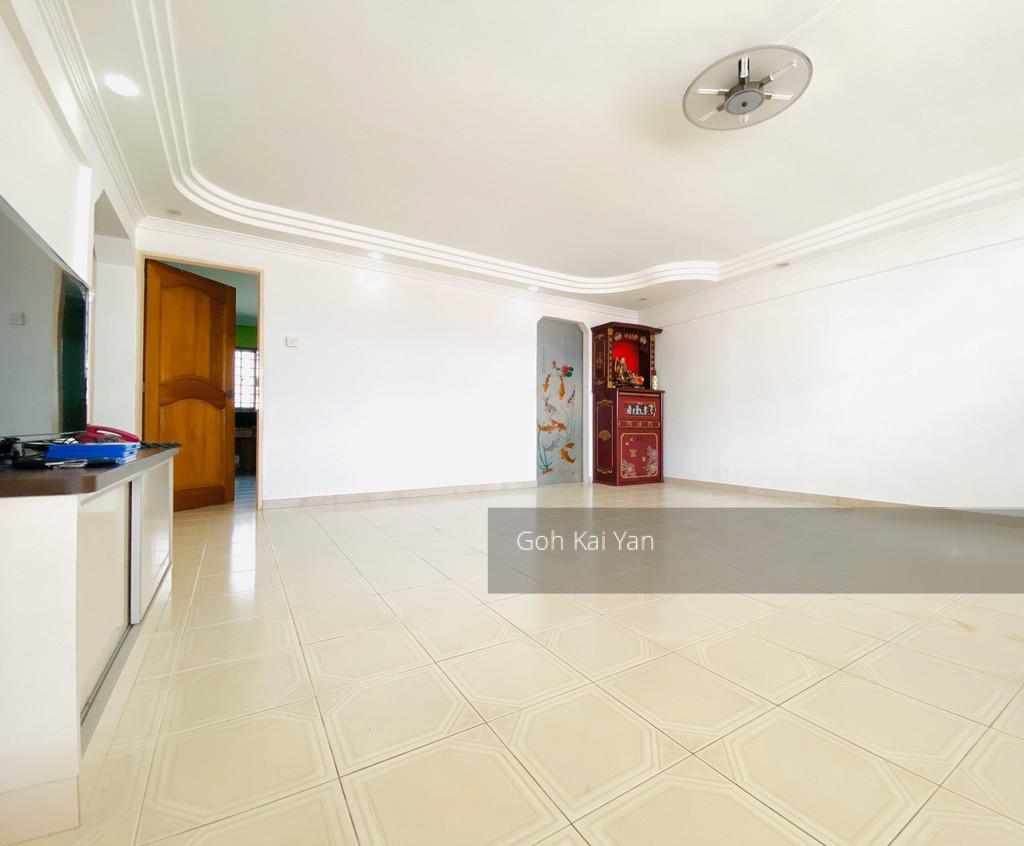 930 Tampines Street 91