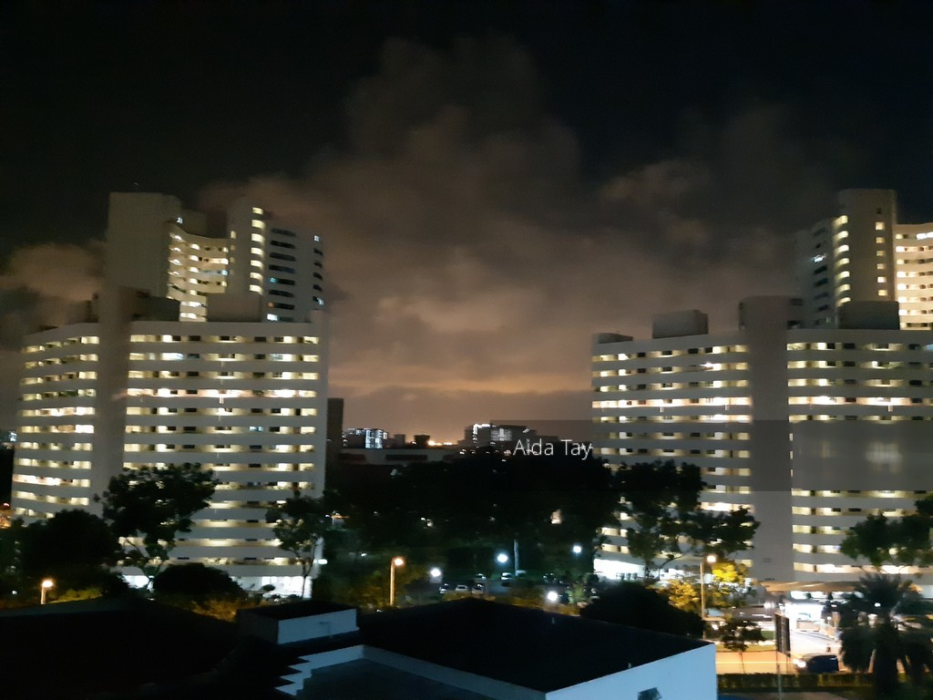 211 Jurong East Street 21
