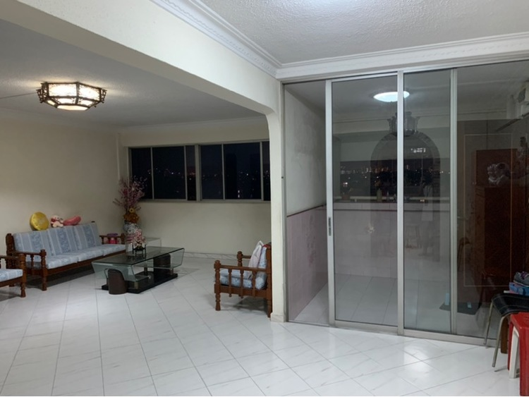 616 Hougang Avenue 8