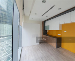 Ocean Financial Centre (D1), Office #240667611