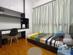 Esparina Residences photo thumbnail #7