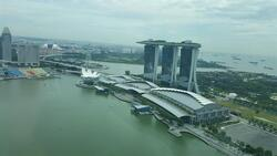 the-sail-@-marina-bay photo thumbnail #7