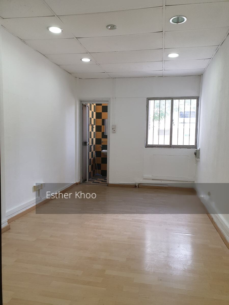 Ang Mo Kio Avenue 8 listing thumbnail photo