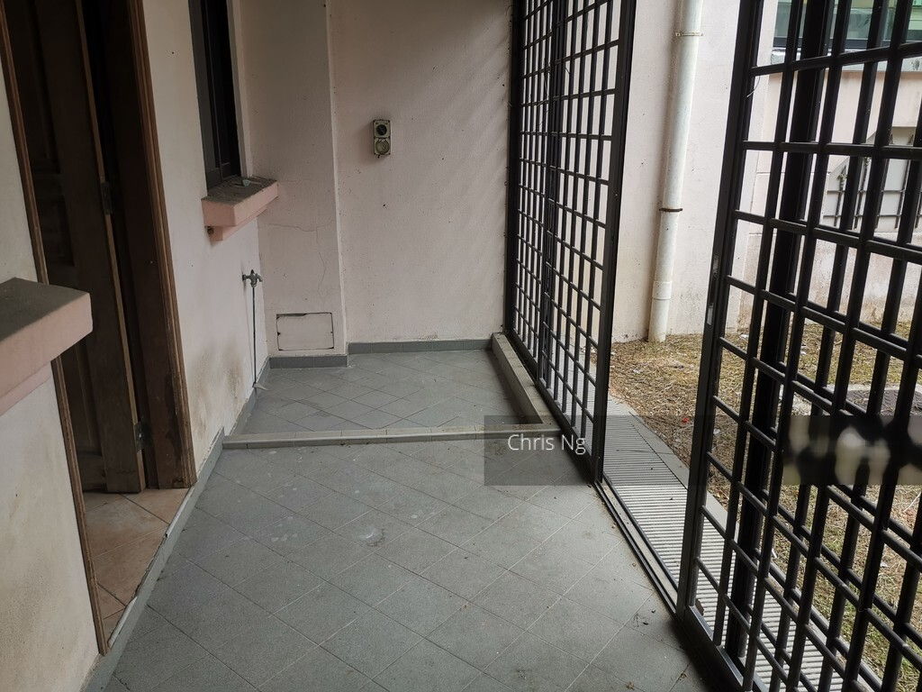 Eng Kong Place (D21), Terrace #253440721