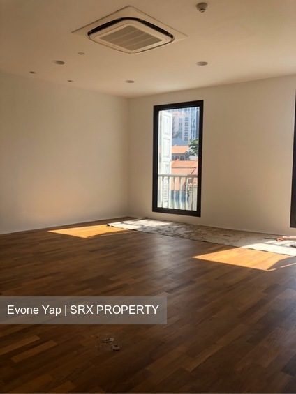 Beautiful Shophouse Office 4628sqft Serve with Elevator (D2), Office #253644281
