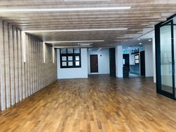 Beautiful Shophouse Office 4628sqft Serve with Elevator (D2), Office #253644641