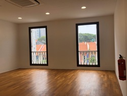 Beautiful Shophouse Office 4628sqft Serve with Elevator (D2), Office #253644931