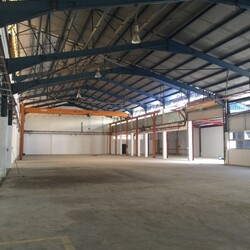 Gul Circle with Dormitory (D22), Warehouse #254146721