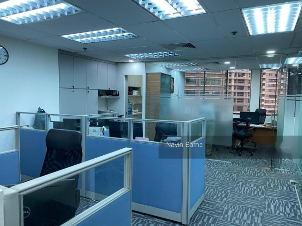 International Plaza (D2), Office #254246131