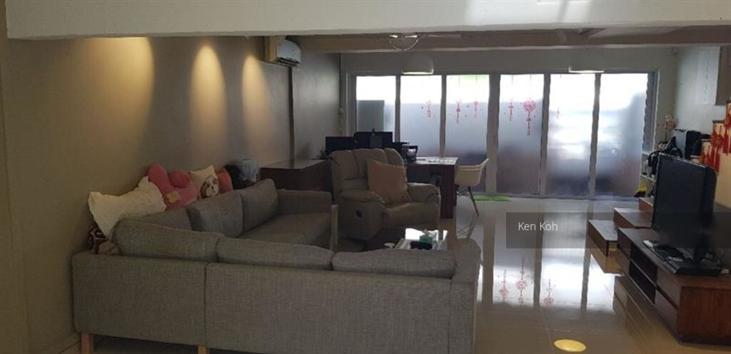 Stirling Road (Queenstown), HDB 2 Rooms #254819131