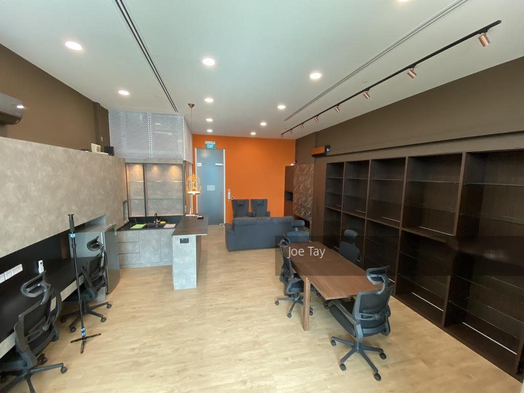 Arc 380 (D8), Office #257951731