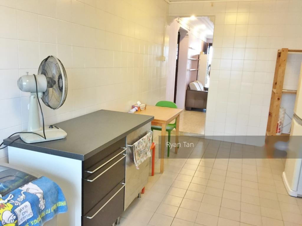 Blk 515 West Coast Road (Clementi), HDB 3 Rooms #259570401