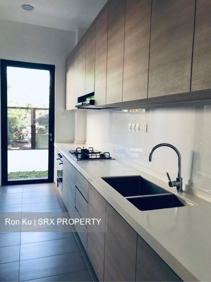 Lorong Marzuki (D14), Semi-Detached #261332431
