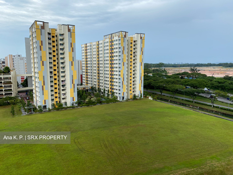 Blk 405 Jurong West Street 42 (Jurong West), HDB Executive #261486811