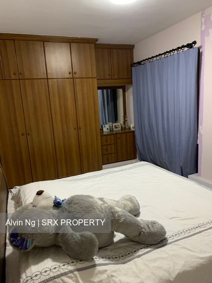 tampines-street-71 listing thumbnail photo
