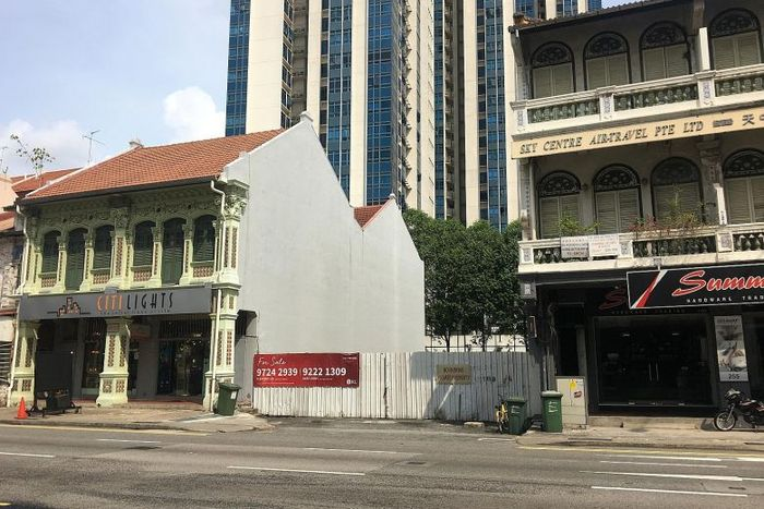 Two freehold sites going en bloc