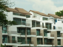 Varsity Park Condominium photo thumbnail #12