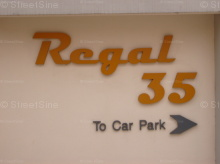 Regal 35 photo thumbnail #14