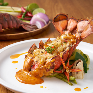 Lobster Au Gratin with Tom-Yum Cream Sauce