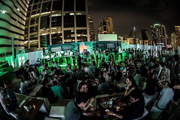 บรรยากาศลานเบียร์ Heineken ที่ Space 13