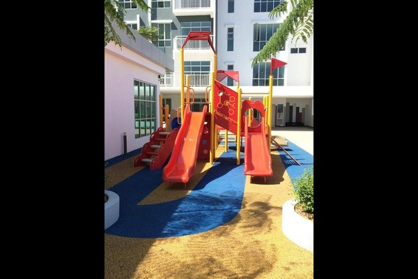 Playground 6ksj  vf98lk2upmhkey small