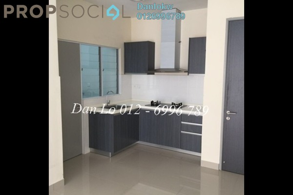 For Sale Condominium at Koi Tropika, Puchong Leasehold Semi Furnished 2R/1B 350k