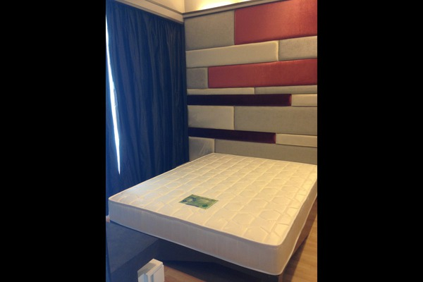 For Sale Condominium at VERVE Suites, Mont Kiara Freehold Fully Furnished 1R/1B 620k