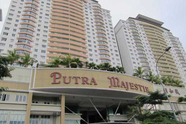 For Rent Condominium at Putra Majestik, Sentul Freehold Semi Furnished 3R/2B 2.4k