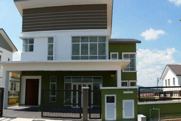 For Sale Bungalow at Taman Pelangi Semenyih, Semenyih Freehold Unfurnished 5R/5B 1.38m
