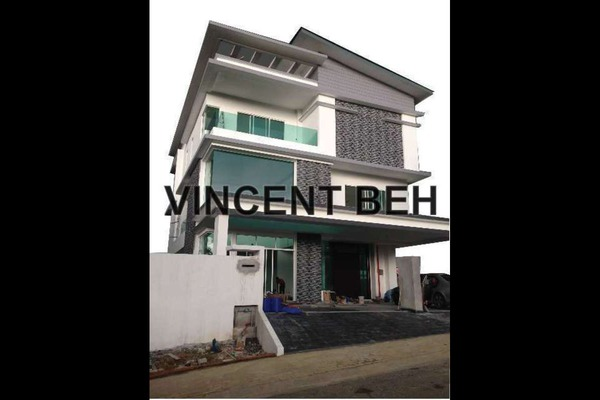 For Sale Condominium at Skypod, Bandar Puchong Jaya Freehold Unfurnished 2R/2B 530k