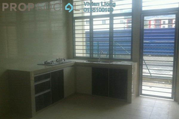 For Rent Terrace at Taman Puncak Saujana, Kajang Freehold Semi Furnished 4R/3B 1.35k