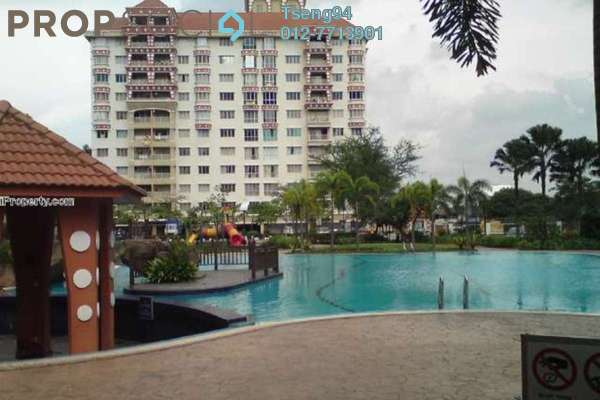 For Sale Condominium at Koi Tropika, Puchong Leasehold Semi Furnished 4R/2B 420k