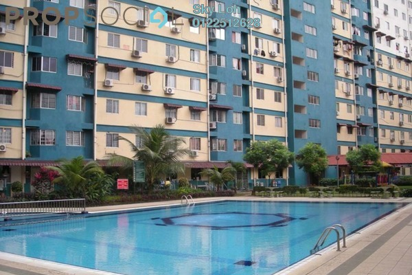 For Sale Apartment at Taman Bukit Serdang, Seri Kembangan Freehold Unfurnished 3R/2B 239k