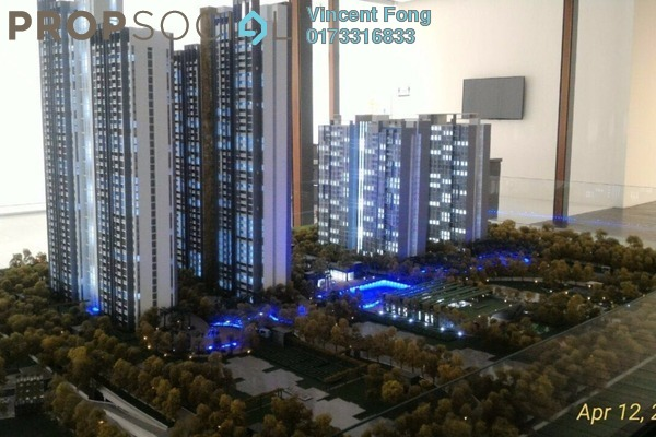 For Sale Condominium at LakeFront Residence, Cyberjaya Freehold Semi Furnished 3R/2B 688k