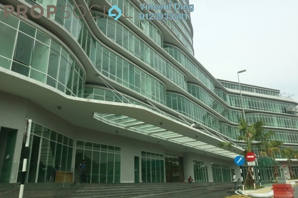 For Sale Office at Oval Tower, TTDI Freehold  0R/2B 708k