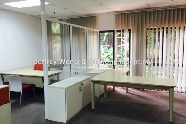 For Rent Office at Phileo Damansara 1, Petaling Jaya Freehold Semi Furnished 0R/2B 4.2k