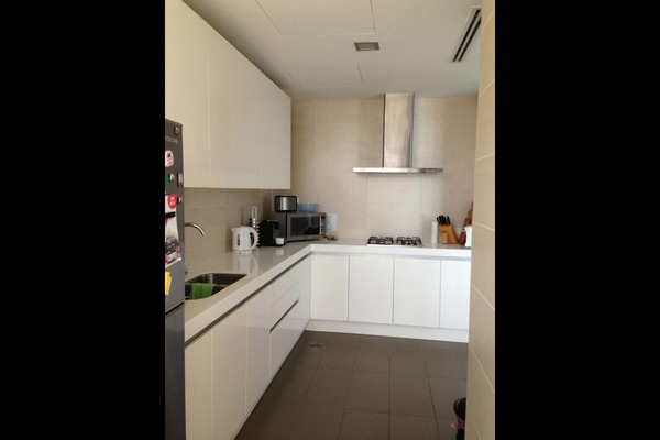 For Rent Condominium at K Residence, KLCC Freehold Semi Furnished 4R/2B 8k