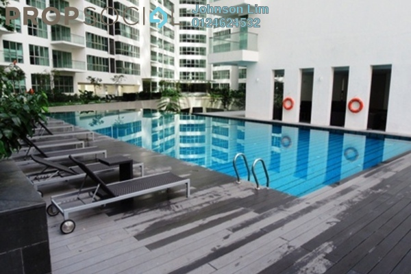 Regalia1roompool small