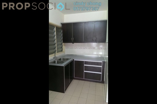 For Rent Apartment at Flora Damansara, Damansara Perdana Leasehold Semi Furnished 3R/2B 1.2k