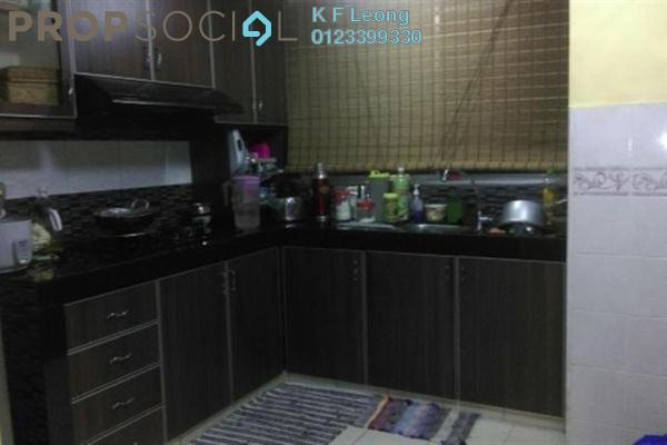 For Sale Apartment at Flora Damansara, Damansara Perdana Leasehold Semi Furnished 3R/2B 220k