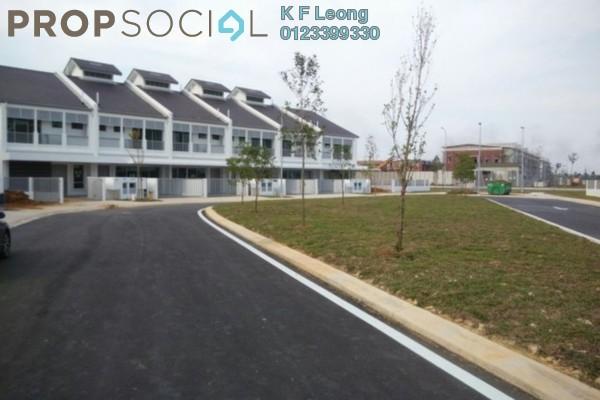 For Sale Terrace at Perennia, Bandar Rimbayu Leasehold Semi Furnished 4R/4B 838k