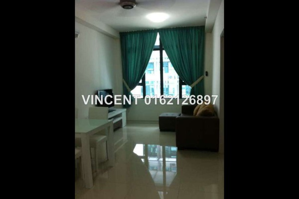 For Rent Apartment at Centrestage, Petaling Jaya Leasehold Semi Furnished 2R/2B 1.55k