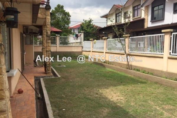 For Sale Semi-Detached at Mutiara Indah, Puchong Leasehold Semi Furnished 4R/3B 930k