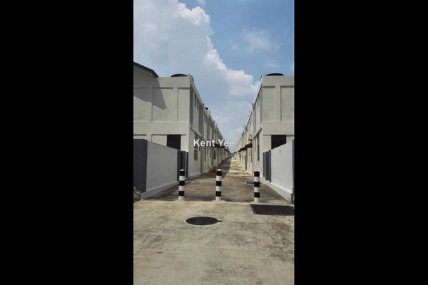 For Rent Terrace at Bangi Avenue, Kajang Freehold Unfurnished 4R/4B 1.3k