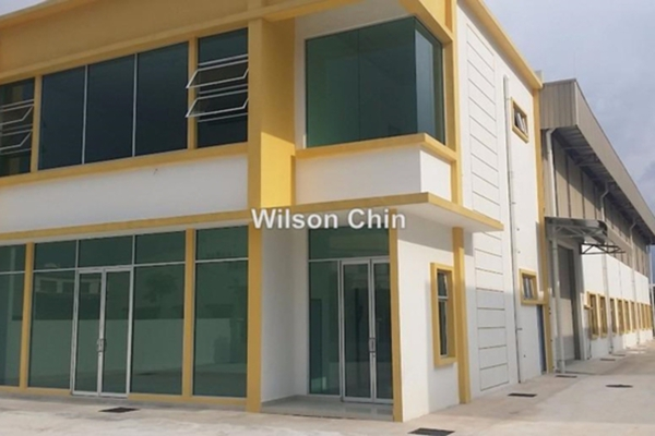 For Rent Factory at Bukit Angkat, Kajang Freehold Unfurnished 0R/1B 17k