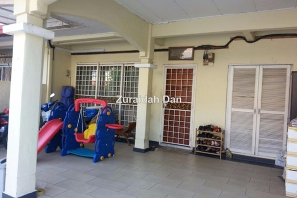 For Sale Terrace at Suadamai, Bandar Tun Hussein Onn Freehold Unfurnished 4R/3B 750k