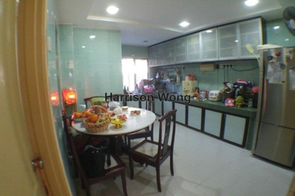 For Sale Terrace at Taman Segar Perdana, Cheras Leasehold Semi Furnished 4R/4B 800k