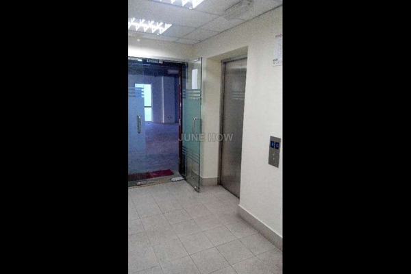 For Sale Office at Jaya One, Petaling Jaya Leasehold Unfurnished 0R/1B 1.8m