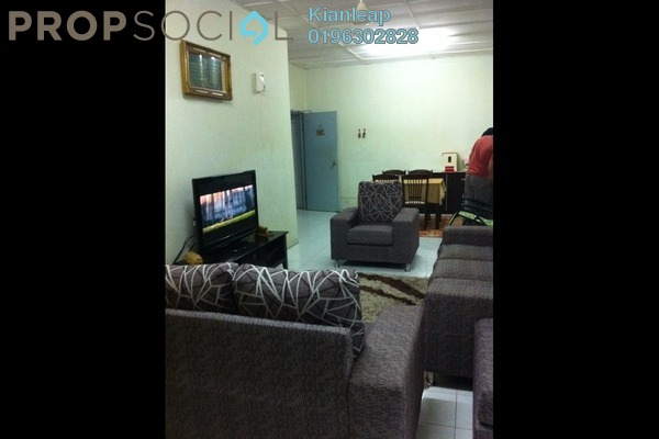 For Sale Apartment at Putra Indah Apartment, Bandar Putra Permai Leasehold Unfurnished 3R/2B 243k