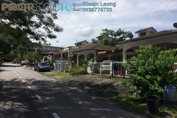 For Sale Terrace at Taman Bukit Teratai, Ampang Freehold Unfurnished 3R/2B 490k